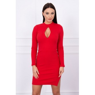 Dress with cut at the neckline red